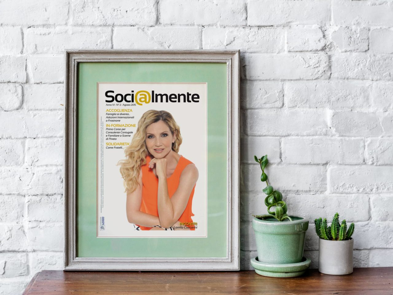 Socialmente_magazine-mockup1